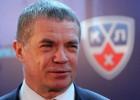 """Medvedevs: """"Būs noteikumi, lai varētu pāriet uz mazākiem laukumiem"""""""