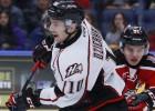 Dzierkals rāda aktīvu hokeju, komandai pārtrūkst astoņu uzvaru sērija