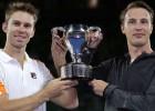 """Kontinens un Pīrss apspēlē Braienus, izcīnot pirmo """"Grand Slam"""" titulu"""