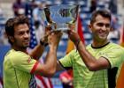 """""""US Open"""" čempionus un favorītus izslēgušie Rožē un Tekau uzvar arī finālā"""