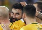 Jedinakam <i>hat-trick</i>, arī Austrālija piedalīsies Pasaules kausā