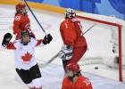 Bez pārsteigumiem, par zeltu hokejā cīnīsies Kanādas un ASV hokejistes