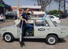 """Rallijs """"Taškenta - Rīga"""": Braukšanas prieki pirmajā dienā ātri beidzās pelēkajai """"kapeiciņai"""""""
