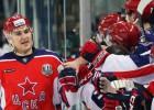 """CSKA atspēlējas pret """"Ak Bars"""" un svin pirmo uzvaru Gagarina kausa finālā"""