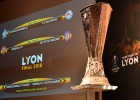 Pēc dažu stundu neziņas atradies Meksikā nozagtais UEFA Eiropas līgas kauss