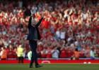 """Vengers no """"Arsenal"""" faniem pēdējā mājas spēlē atvadās ar graujošu uzvaru"""