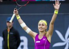 Kruniča izcīna pirmo WTA titulu, Konta atkal zaudē finālā