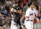 """Pīrsa """"hettriks"""" palīdz """"Red Sox"""" rezultatīvā mačā pārspēt """"Yankees"""""""