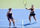 Sevastova un Pavļučenkova gūst septīto uzvaru trīs turnīros