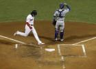 """Praiss un Martinezs nodrošina """"Red Sox"""" otro uzvaru Pasaules sērijā"""