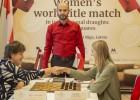 Poliete uzvar Golubevu un izlīdzina rezultātu cīņā par pasaules čempiones titulu