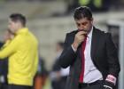 """Lisabonas """"Benfica"""" atlaiž divus čempiontitulus atvedušo treneri"""