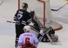 """Video: KHL atvairījumu topā uzvar """"Traktor"""" vārtsargs"""
