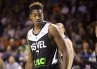 Lomaža klubs atbrīvo NBA draftētu spēlētāju par aizliegtu likmju izdarīšanu