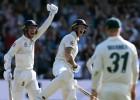 """Anglija ar vēsturisku atspēlēšanos izlīdzina """"The Ashes"""" rezultātu"""
