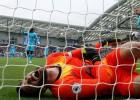 """""""Tottenham"""" katastrofa turpinās: Lorisam trauma, komandai bezcerība Braitonā"""