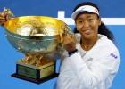 Osaka Pekinas finālā pieveic Bārtiju un iegūst sezonas trešo titulu
