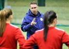 Matīss turpinās vadīt sieviešu futbola izlasi, jaunatnes izlasēm jaunas treneres
