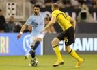 """Mahrezs debitē """"Manchester City"""", Dortmunde uzvar ar <i>pendeli</i>"""