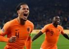 Nīderlande uzvar Poliju, Čehija apspēlē kaimiņvalsti Slovākiju