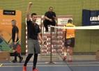 """Video: Ceresit vīriešu komandu kausa badmintonā finālā """"Oliver Latvija"""" pieveic """"TopMedia"""""""