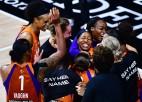 Fantastika Floridā: Pedijas tālmetiens pēdējā sekundē izslēdz WNBA čempioni