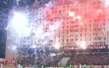 Video: Neierasta futbola atmosfēra Alžīrijā - kausa pusfināla laikā šauj salūtu