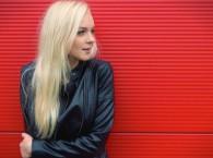 """Video: Katrine Lukins pārceļas uz dzīvi Latvijā un publicē jaunu dziesmu """"Running To You"""""""