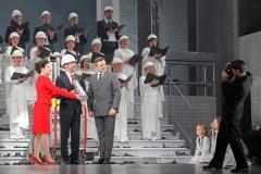 """Foto: Ērika Ešenvalda un Ineses Zanderes opera """"Iemūrētie"""""""