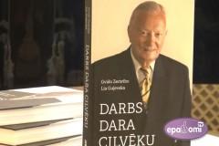 Video: Izdota grāmata par <i>jurisprudences Maestro</i> -  Gvido Zemrībo