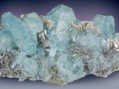 28. augusta dienas akmens- AKVAMARĪNS