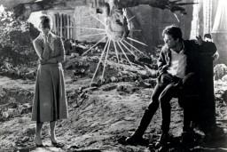 """Kinolektorija """"Tas, ko Tu nedrīksti nezināt XII"""" noslēgumā – poļu kino klasika """"Pelni un dimants"""""""