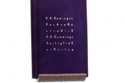 """Izdevniecība """"Neputns"""" izdod E. E. Kamingsa bilingvālo dzejas izlasi """"Pavasara virpulis / SpringtimeCircling"""""""