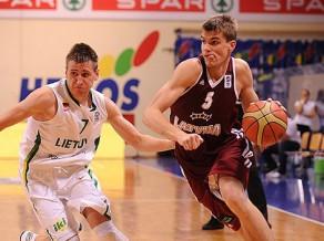Latvija izrauj uzvaru pret Lietuvu, saglabā cerības uz astoņnieku