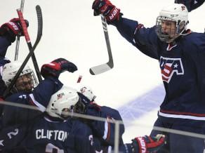 Par U-18 zeltu cīnīsies ASV un Kanādas hokejisti