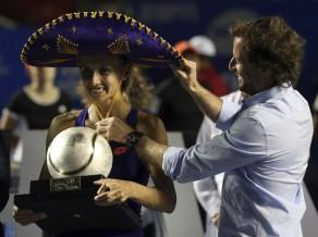 Curenko perfekta finālos, Meksikā izcīna trešo WTA titulu