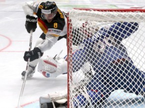 Latvijas pretiniecei Vācijai pievienojas pirmais spēlētājs no NHL, piekrīt vēl divi