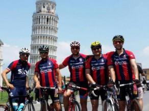 ''Serie A'' treneris tur solījumu un ar velosipēdu nobrauc 1300 km caur Itāliju