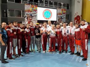 Latvijas kikbokseri Eiropas čempionātā junioriem izcīna 9 medaļas