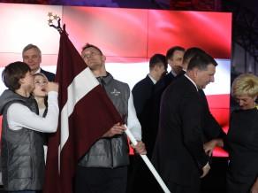 Latvijas karogu atklāšanas ceremonijā nesīs Dreiškens