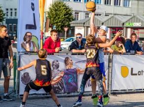 """Kuldīgas jauniešu dienu """"Ghetto Basket"""" turnīrā pulcēsies spēcīgākie 3x3 basketbolisti"""