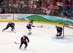 Soču hokeja pusfinālos 2010. un 2006. gada fināla atkārtojumi