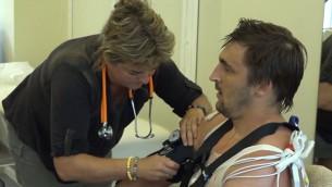"""Video: Melbārdis un Vilkaste iziet LOV sportistu """"tehnisko apskati"""""""
