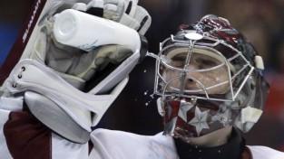 Hokejistiem cīņa pret Slovākiju