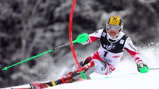 Pasaules čempions Hiršers gūst traumu treniņā