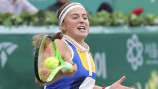Ostapenko pirmoreiz favorīte WTA finālā