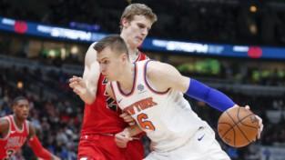 """Labāk """"play-off"""" nekā augstu izvēli draftā: Ņujorkas """"Knicks"""" neplāno atdot spēles"""