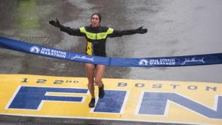 Kavauči un Lindena izcīna uzvaras Bostonas maratonā