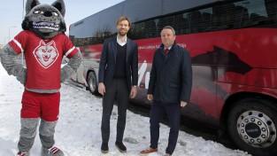 """""""Sporta Centners"""": Slaviša S. paliks bez stūres, ceļu turpinās kāds Dainis K."""
