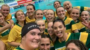 Pirmā diena bez pārsteigumiem, spraigākā uzvara austrālietēm